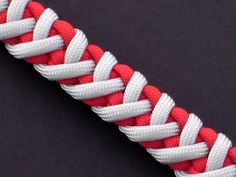 How to Make the Lion Heart Sinnet (Paracord) Bracelet by TIAT