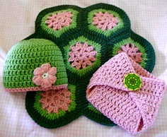 Crochet turtle photo prop - Includes turtle shell blanket, matching hat with flower and diaper cover with button, all sized for newborn baby
