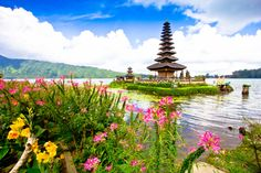 Pura Ulun Danu Temple, Bali puzzle in Great Sightings jigsaw puzzles on TheJigsawPuzzles.com. Play full screen, enjoy Puzzle of the Day and thousands more.