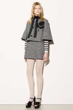 See the complete Red Valentino Fall 2015 Ready-to-Wear collection.