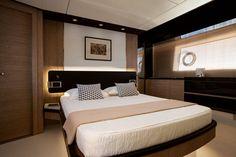 Azimut 72 - Master Cabin Decapè Oak Version
