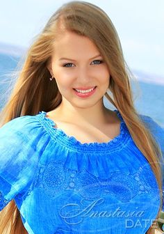 Welcome to our photo gallery! Take a look at attractive Russian girl Daria