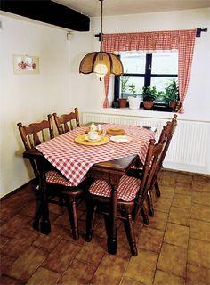 Záclonky pro kuchyňská okna | Chatař & Chalupář Outdoor Furniture Sets, Outdoor Decor, Home Decor, Straws, Blinds, Decoration Home, Room Decor, Home Interior Design, Home Decoration