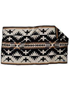 Pendleton Churro saddle blanket.     http://www.pendleton-usa.com/product/Home-Blankets/Throws/JACQUARD-THROWS/CHURRO-SADDLE-BLANKET/166503/sc/1773/c/1822/pc/1816.uts