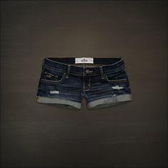 hollister jean shorts - blosta chica $40