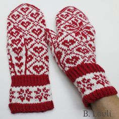 Ravelry: Selbu i mitt hjerte pattern by StrikkeBea Mittens Pattern, Knit Mittens, Knitted Gloves, Knitting Socks, Mohair Cardigan, Fair Isle Pattern, Textiles, Sweater And Shorts, Knit Or Crochet