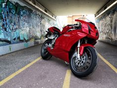 Ducati 999 Ducati 999s, Ducati Motorcycles, Ducati Models, Biker Boys, Cute Posts, Motorcycle Design, Sportbikes, Hot Bikes, Motor Car