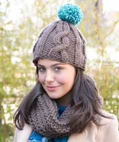 Cabled Hat with Matching Cowl #LisaBig #RedHeart #knitting