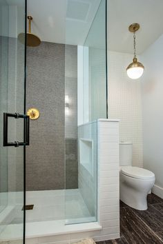 contemporary bathroom w/gray studded shower tile & brushed gold shower kit Half Wall Shower, Gray Shower Tile, Gold Shower, Master Shower, Bathroom Design Small, Bathroom Layout, Bathroom Interior Design, Bathroom Shelves Over Toilet, Shower Kits