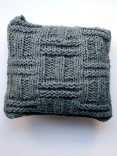 Chunky Knitted Cushion Pattern