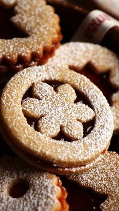 Super soft and buttery Linzer Cookies which melt in your mouth. Super soft and buttery Linzer Cookies which melt in your mouth. Holiday Baking, Christmas Desserts, Christmas Baking, Christmas Cupcakes, Holiday Cookies, Christmas Christmas, Christmas Recipes, German Christmas Cookies, German Cookies
