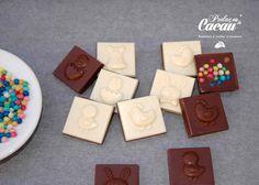 Quadrados de chocolate Sugar, Cookies, Desserts, Food, Bonbon, Truffles, Crack Crackers, Tailgate Desserts, Deserts