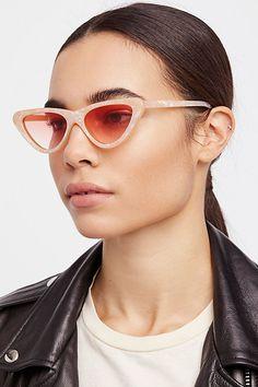 No 1 Spring/ Summer 2018 Sunglasses Trend - TrendSurvivor