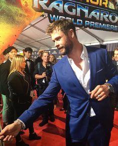 Thor: Ragnarok world premiere Chris Pratt, Chris Evans, Chris Hemsworth Thor, Christoph Waltz, Elsa Pataky, Christian Bale, Chris Pine, Snowwhite And The Huntsman, Melbourne