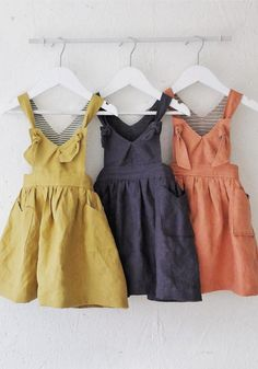 Handmade Linen Pinafore Dress YouAreSmall on Etsy Little Girl Fashion, Little Girl Dresses, Fashion Kids, Girls Pinafore Dress, Vestidos Vintage, Stylish Kids, Baby Sewing, Baby Dress, Toddler Girl
