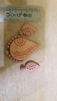 Terracotta Jewellery Online, Terracotta Jewellery Designs, Terracotta Earrings, Wooden Earrings, Polymer Clay Pendant, Polymer Clay Jewelry, Funky Jewelry, Handmade Jewelry, Biscuit