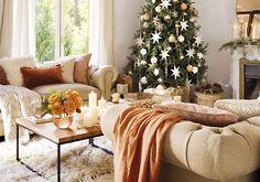 Sala decorada com maravilhoso tons dourados