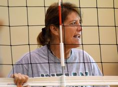@WaxahachieNews WHS volleyball coach Sandy Faussett shouts encouragement to players running drills this morning. pic.twitter.com/RFIKC9pLuC
