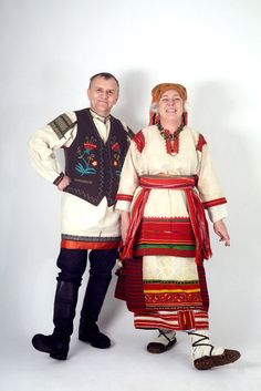 Russian costumes differ a lot from each other. Each province had its own traditional costume. For example, black embroidery was traditional for the Belgorod Region (southern Russia), whereas costumes of peasant women in the Ryazan Region (central Russia) were embroidered mostly with red.