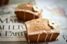 Earl Grey and lemon mini loaf cakes