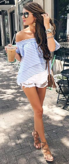 15 Beautiful Summer Outfit Ideas For You Who Are Traveling Hobbies 15 Beautiful Summer Outfit Ideas For You Who Are Traveling Hobbies <br> Speaking of fashion, we don't just consider the latest clothing models or not. But it also adjusts to… White Shorts Outfit Summer, Summer Vegas Outfit, Simple Summer Outfits, Summer Outfits Women, Summer Wear, Spring Summer Fashion, Outfits Fo, Short Outfits, Fashion Outfits