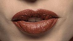 nars lipstick shade of deborah
