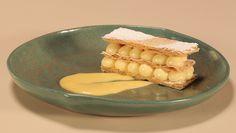 Também conhecido como Napoleon, o doce feito por Mariana Dedavid leva baunilha, bergamota e limão siciliano