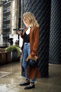 modern-bohemian-winter-outfits-to-look-hot-36