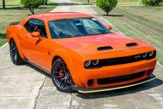 Charger Srt Hellcat, Dodge Charger Srt, Dodge Demon Challenger, Gtr Car, Dodge Muscle Cars, Power Cars, Jeep Cars, Best Luxury Cars, Pony Car