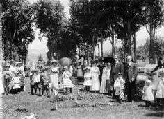 Men, women, and children gather on Memorial Day at the Salt Lake City Cemetery, 1911. Courtesy Utah State Historical Society