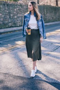 Jess Ann Kirby wearing a Metallic Pleated Midi Skirt and sneakers on Prosecco and Plaid