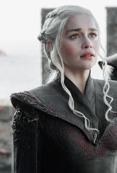 Make Believer — gameofthronesdaily: ♕ Daenerys Targaryen in...