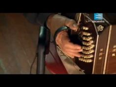 Rodolfo Mederos es un bandoneonista, director, docente, compositor y arreglador (* Buenos Aires, Argentina, 25 de marzo de 1940). Fundador de la banda de cul...