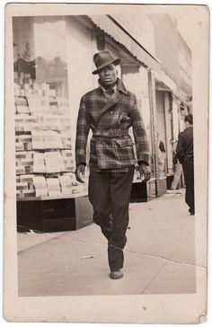 Estilo en la calle, 1940. Album familiar de Mikey