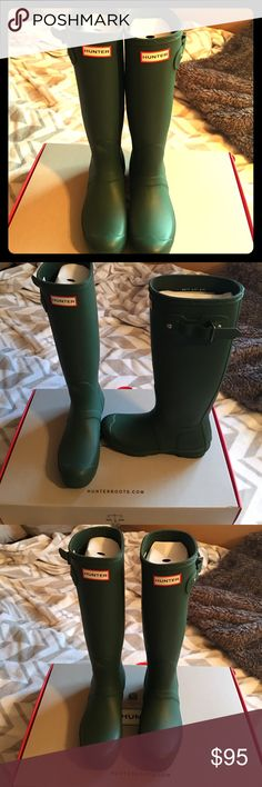 Size 7 brand new Hunter Boots Brand new never worn size 7 Hunter green Hunter tall rain boots Hunter Boots Shoes Winter & Rain Boots