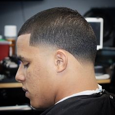 Check out these 25 cool buzz cut styles for clean cut and out there looks. Add a taper fade, fade or line up. Or go bold with color or hair designs. Buzz Haircut, Waves Haircut, Stubble Beard, Beard Fade, Short Buzz Cut, Short Hair Cuts, Buzz Cut Styles, Buzz Cut With Beard, Taper Fade Haircut