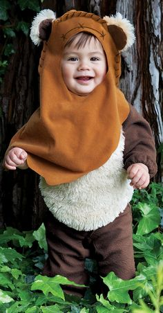 My future son's Halloween Costume Ewok Baby Costume Halloween, Baby Ewok Costume, First Halloween, Halloween Kids, Bear Costume, Halloween Party, Toddler Costumes, Family Costumes, Baby Costumes
