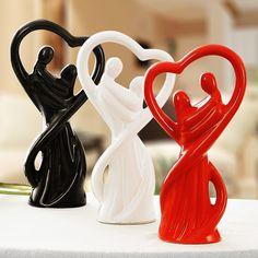 Jingdezhen embrace couples ceramic furnishing articles Marriage room porcelain artware decoration Fashion household decoration
