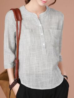 This is Casual Women Half Button Stand Collar Plaid Sleeve Blouse, cotton! Suitable for daily wear, shopping and other informal occas. Kurta Designs, Blouse Designs, Outfit Trends, Blouse And Skirt, Short Tops, Short Shirts, Dress Patterns, Shirt Blouses, Ideias Fashion