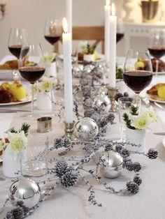 Natur deko tannenzweige tannenzapfen tischdeko weihnachten hochzeit pinterest deko - Deko fur weihnachtstisch ...