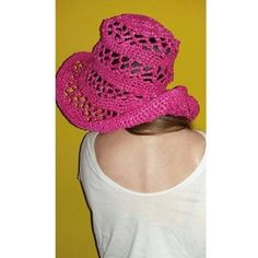 Cappello traforato rafia