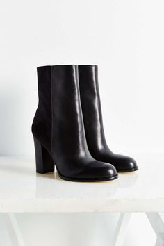 Sam Edelman Reyes Mid-Length Boot