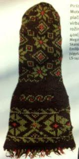 Kuduv koeraomanik: Lietuvių tautinis kostiumas pirštinės ir kojinės