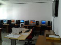 Aula Informatica CNA Castelfranco Veneto 14 PC: 1 Server e 13 Client