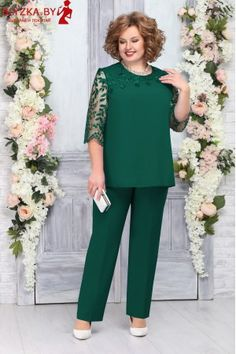 Work Dresses For Women, Stylish Clothes For Women, Stylish Dress Designs, Stylish Dresses, Iranian Women Fashion, Fashion Women, Latest African Fashion Dresses, Mothers Dresses, Plus Size Fashion