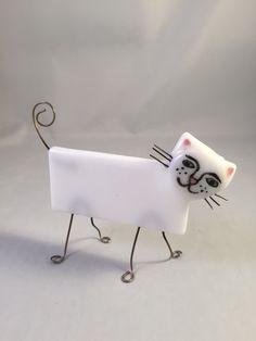 Glass kitty