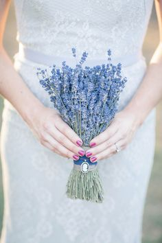 Antique Lavender Editorial - www.theperfectpalette.com - Ashley Noelle Edwards Photography
