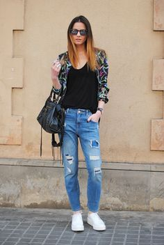 Fashionvibe » Zina Charkoplia Fashion Blog » The Abstract Print