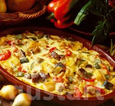 Lajos Mari konyhája - Gyuvecs – balkáni specialitás Easy Dinner Recipes, Easy Meals, Hungarian Recipes, Hungarian Food, Hawaiian Pizza, Meat Recipes, Vegetable Pizza, Food And Drink, Dishes
