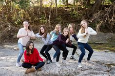 www.leslieavilaphotography.com  #2015 #poses #teenbirthdayparty #lifestylephotography #posingideas #photography #squad #Austinphotographer #LibertyHill #Georgetown #photographyposes